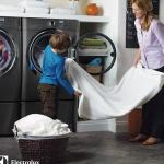 Quần áo giặt bằng máy giặt sấy có mặc được luôn không?