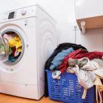 Tại sao máy giặt Electrolux bị rung và hở điện